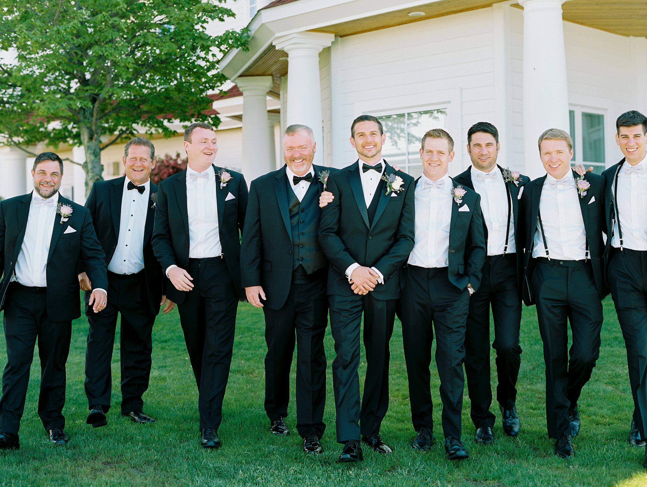 Noss+Wedding+Groom+Groomsmen-33.jpg
