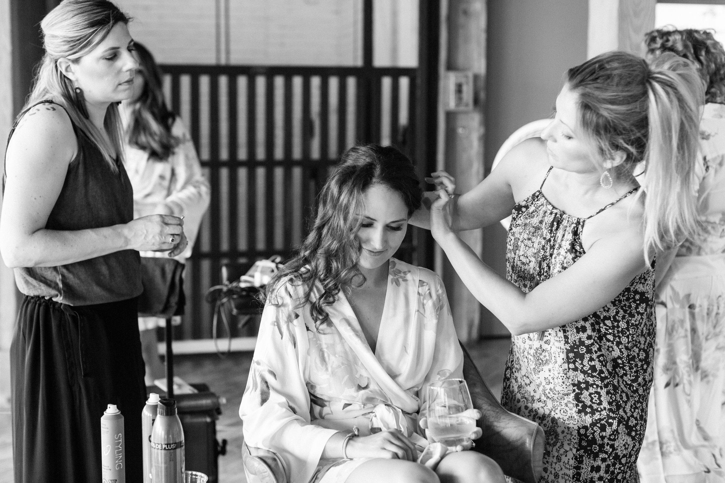Steiner+Wedding+Girls+Getting+Ready-10.jpg