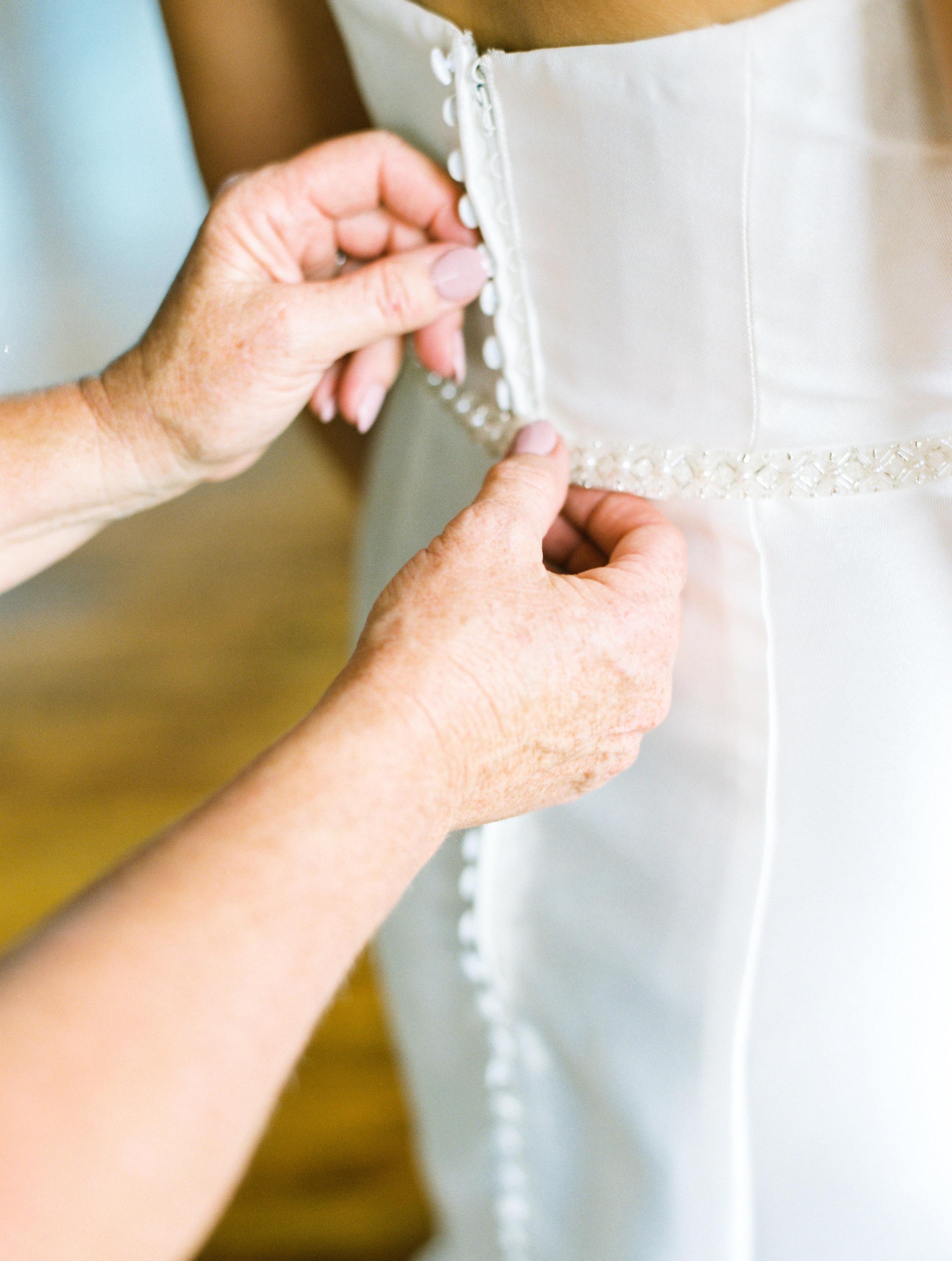 Steiner+Wedding+Bride+Getting+Dressed-50.jpg