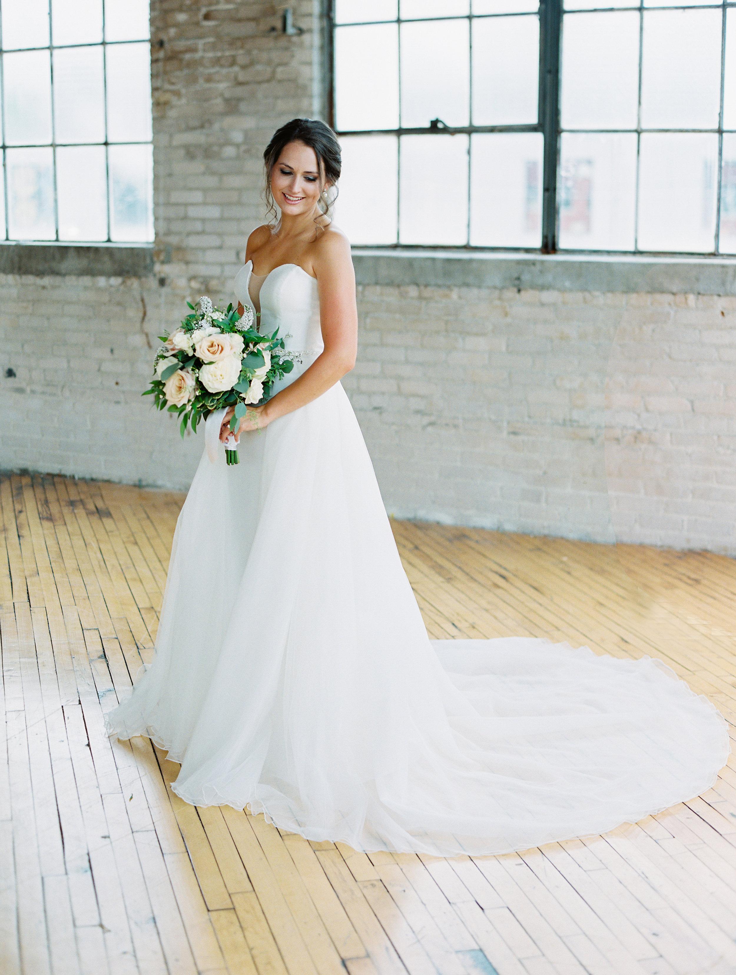 Steiner+Wedding+Bride+Bridesmaids-73.jpg