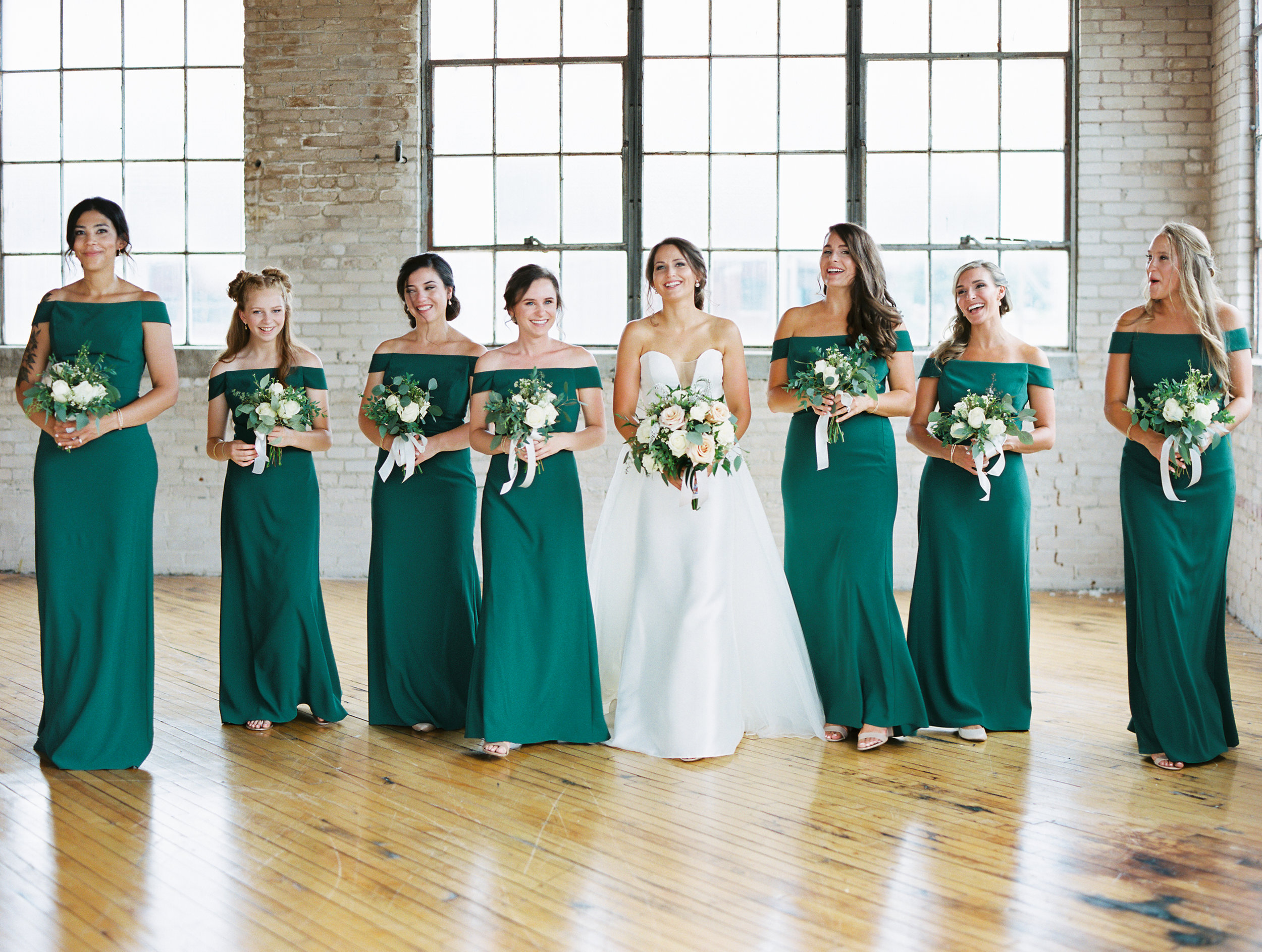 Steiner+Wedding+Bride+Bridesmaids-68.jpg