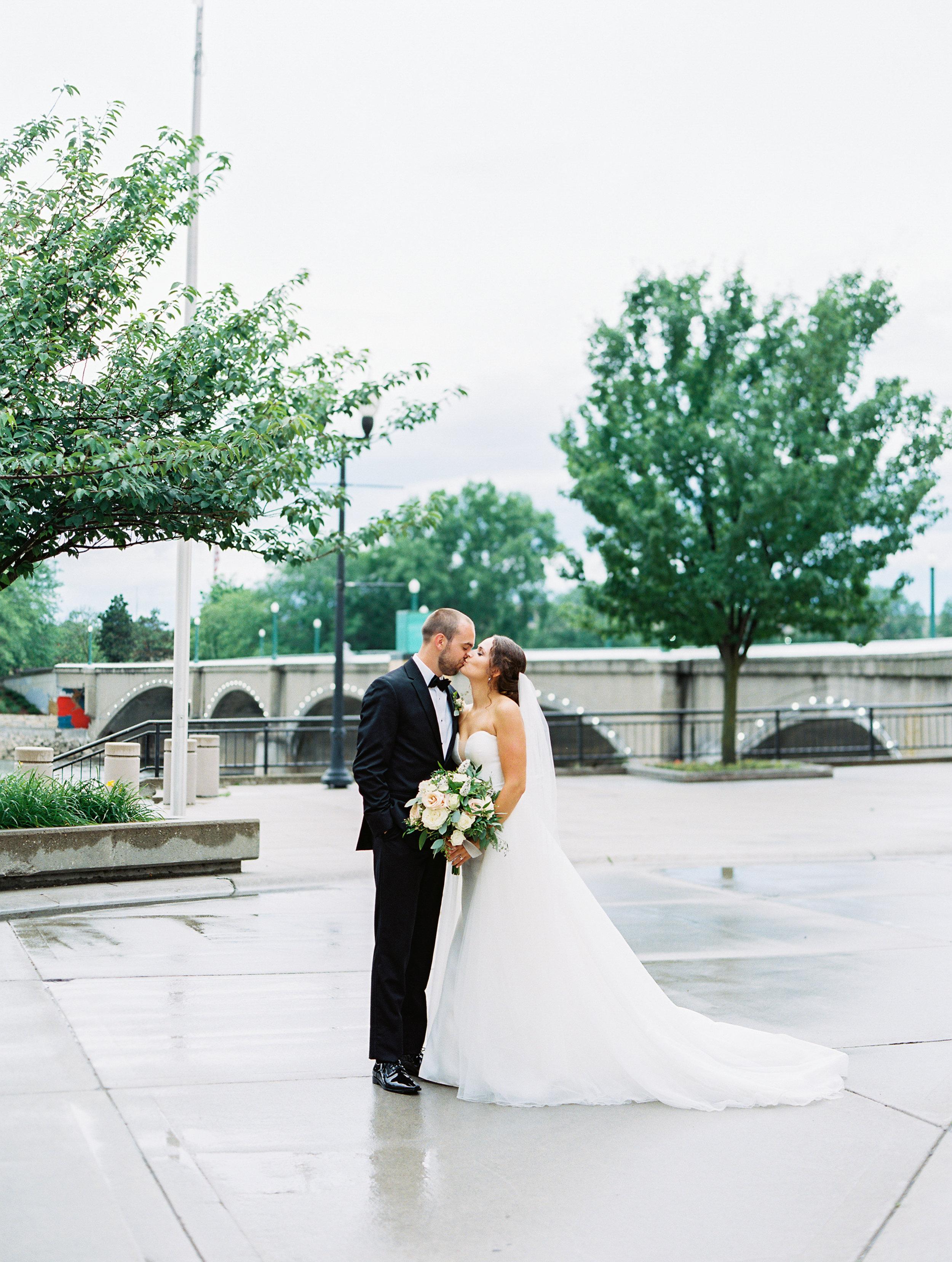 Steiner+Wedding+Bridal+Party-69.jpg