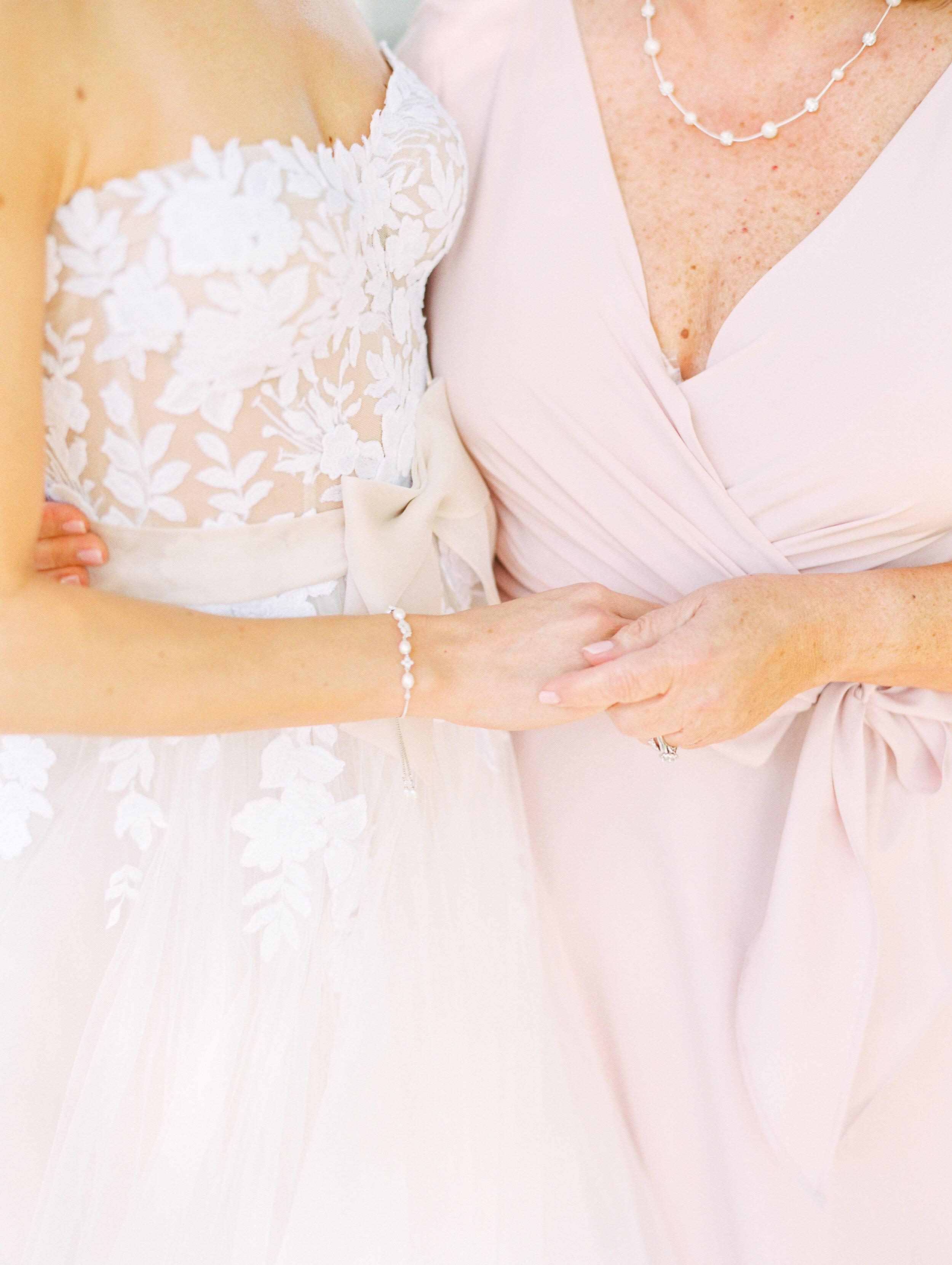 Steinlage+Wedding+Getting+Ready-101.jpg