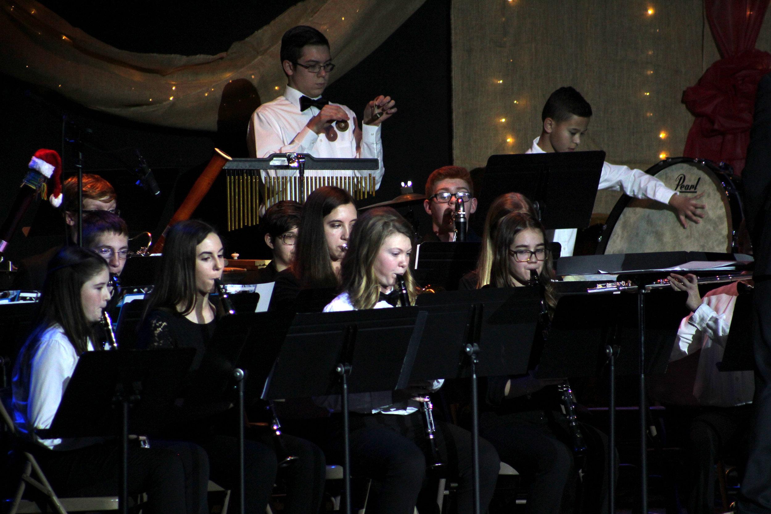 Band Christmas Concert 9049.jpg