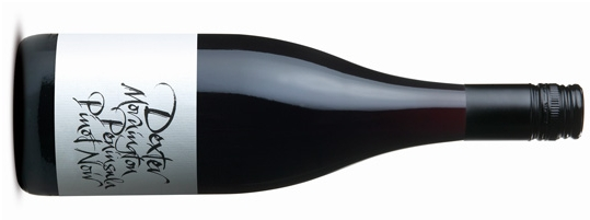 DEXTER PINOT NOIR  デクスター ピノ ノワール     原産地: モーニングトン ペニンシュラ、   希望小売価格 ¥7,760   750ml, 2016, 13.8%   ブラックベリーやプラムのダークフルーツ、背後にドライハーブやスパイスを感じるアロマ。複雑な風味はブラックベリー、プラム、スパイス、少しオーク。始めはソフトに、味わいの中盤で果実の甘さと心地よいテクスチャー、フィニッシュは長く酸味と細かいタンニンがバランスしています。  James Halliday 95 points  Bright, clear crimson is a subterfuge for a pinot with well above average weight, intensity and length. It is spicy, it is savoury, it is complex, and it has a range of berry and plum fruit, all of it a clear expression of pinot.  Analysis at Harvest Sugar 22.7 – 23.7 Brix pH 3.46 to 3.63 Acid 5.25g/l to 6.7g/l TA Harvest date 28th Feb, 1st and 3rd March  Clones MV6 (43%) D5V12 (42%) D2V5 (15%)  Vintage Notes: After a winter of moderate rain and temperatures the vines moved steadily to flowering some 4-5 days earlier than average. Rainfall throughout the growing season was lower than average and there were no extended heat events. The ripening period resulted in the grapes maturing smoothly to sugar and flavour ripeness. Harvest was 7-9 days earlier than the average of recent seasons, even with a larger than average crop load. In summary the season has produced ripeness early but with bright fruit flavours, nice structure and good acid balance.  Winemaking: Hand-picked fruit was destemmed without crushing and elevated into small open fermenters. The must was left un-inoculated for 2-3 days and when fermentation was observed cultured yeast was added. There were no whole bunches used this vintage. Fermentation temperatures peaked at around 32°C and during fermentation the cap was plunged up to 2 times per day. 2-3 days after fermentation was complete, the must was gently pressed and transferred into French Oak bariques and puncheons (23% New, 27% second use and the remainder older) where MLF occurred before winter. The wine was racked once in the spring and put back to the same barrels for further ageing. It was bottled late December 2016, 8 months after harvest.