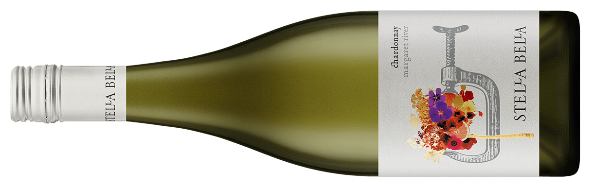 Stellla Bella Chardonnay| ステラ ベラ シャルドネ   マーガレットリヴァー | フォレスト グローブ|  ¥ 4,100, 2016 , 750ml 12.5%  明るい、緑がかった麦わら色。 生命とエネルギー、柑橘類と白い花のかぐわしいブーケ、口あたりはしっかりとしていて、非常に香りが長い。味わいは白桃とグレープフルーツに導かれて広がり、樽発酵によりシンプルに複雑性が加わっています。   James Halliday 95 points | Trophy for Best Chardonnay - 2017 Margaret River Wine Show   Bright straw-green; brimming with life and energy, the fragrant bouquet of citrus and white flowers, the palate intense and very long; the flavours are spun around beacons of white peach and grapefruit, the barrel ferment inputs simply adding complexity.  Pairing with grilled crayfish & burnt butter   James Suckling 93 points   Has a very impressive nose. Very pure with an edge that resembles almost saline, sea spray and oyster shell. All of which pitched against white peaches and yellow citrus fruits. The palate has a pithy appeal and a bright, energetic acid line. Very fresh. Drink now.  Technical  Hand-picked | 33% new oak 11 months | minimal additions | 100% Chardonnay | Now to 2027 | Alcohol 12.9% | pH 3.12 | Acidity 7.82