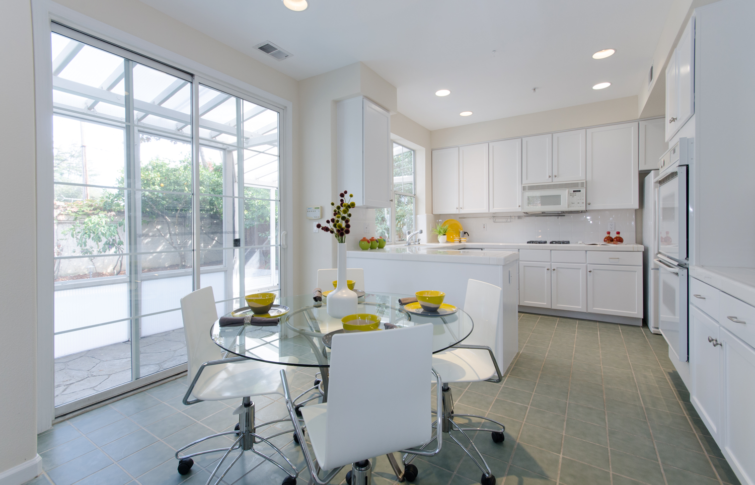 Sunnyvale-Real-Estate-Photography-Kitchen.png