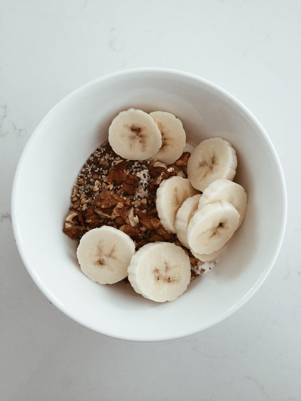 chia cinnamon apple granola - terrene - ana petre1.jpg