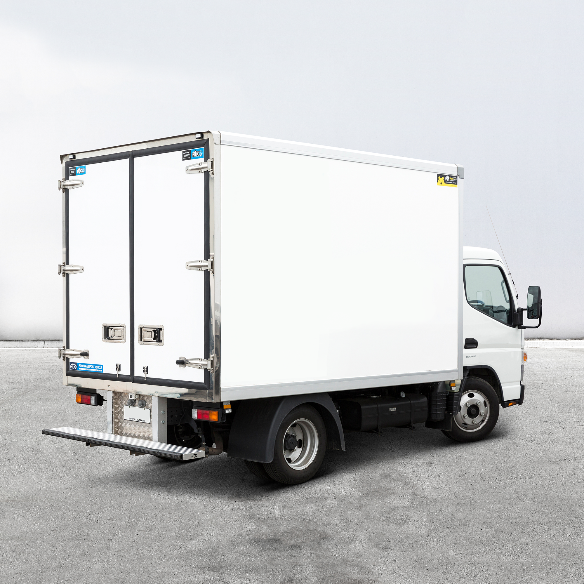 ATR-POLAR-PLUS-REFRIGERATED-TRUCK-BODIES-15.png