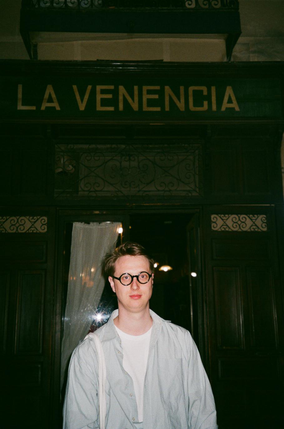 Brad at La Venencia, Madrid, 2019
