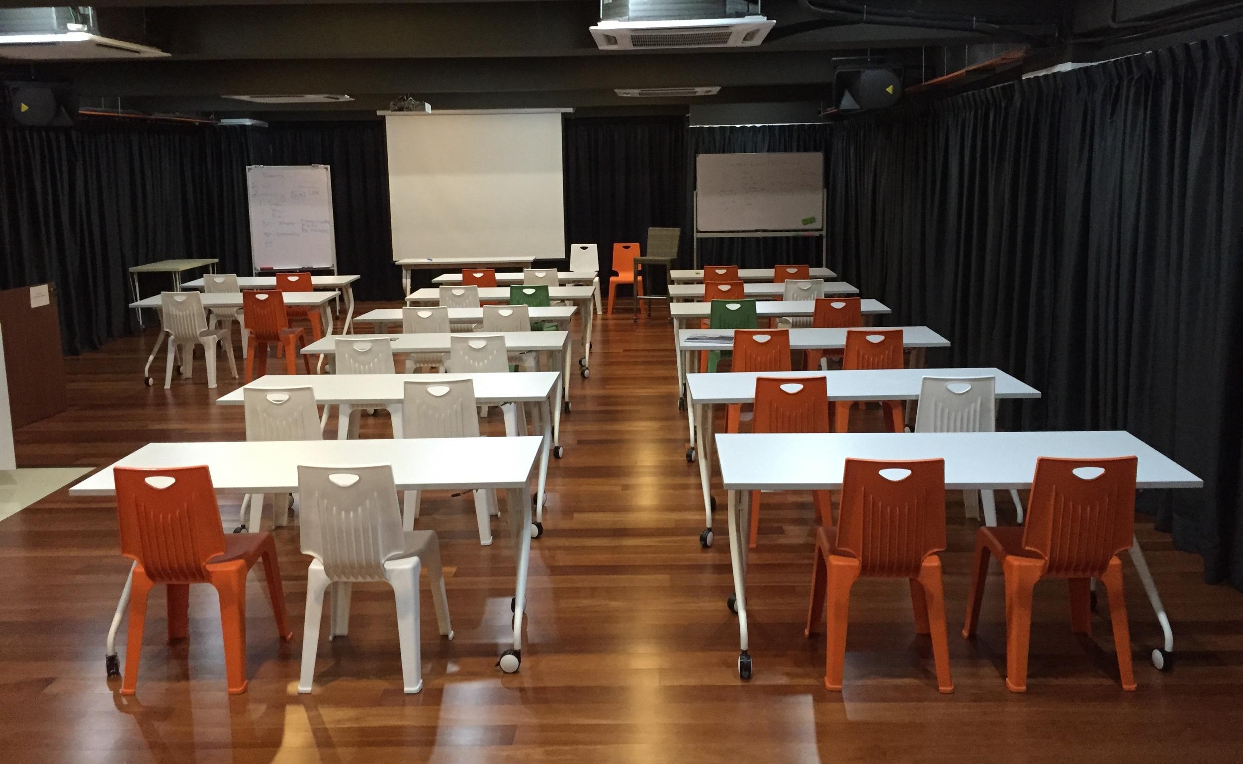 HarmonyHallPJ_Classroom Style_2.jpg