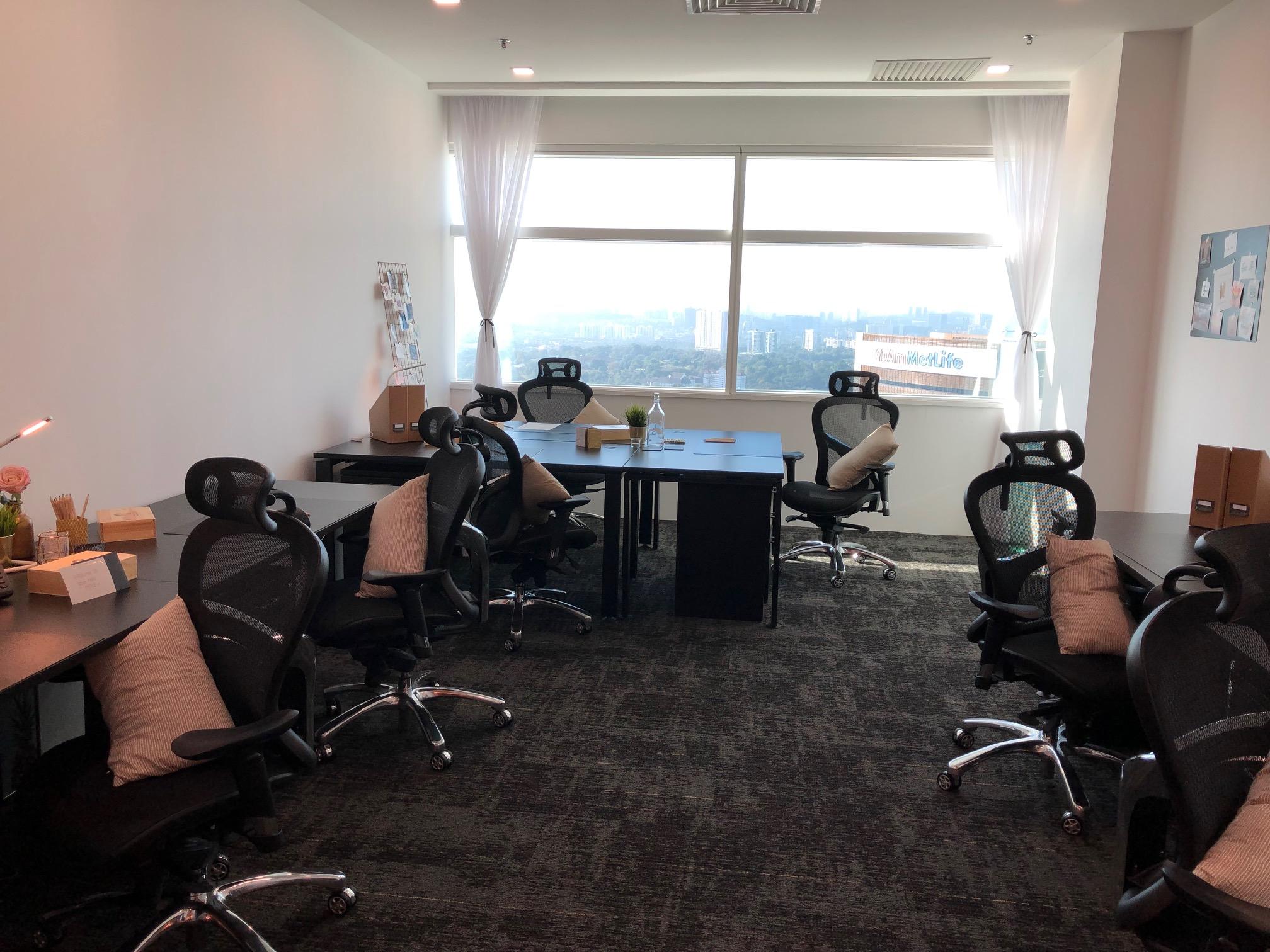 Colony @ KL Sentral _ private office.jpg