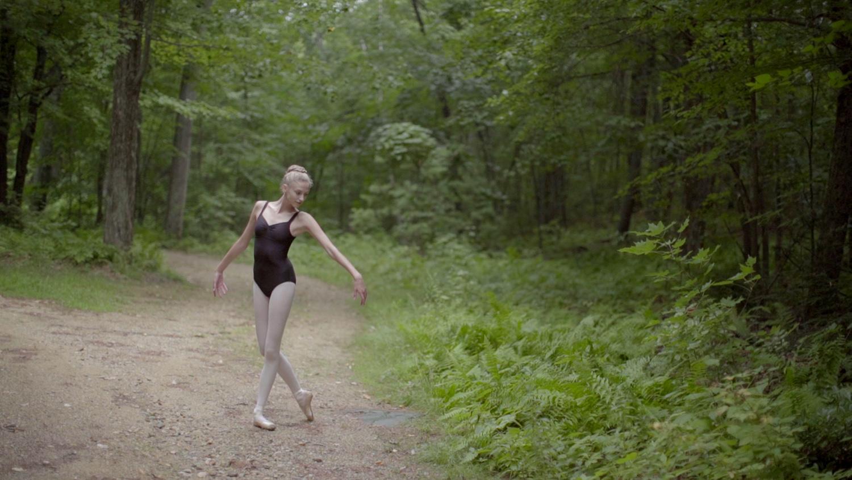 ballet_v1.Still063.jpg