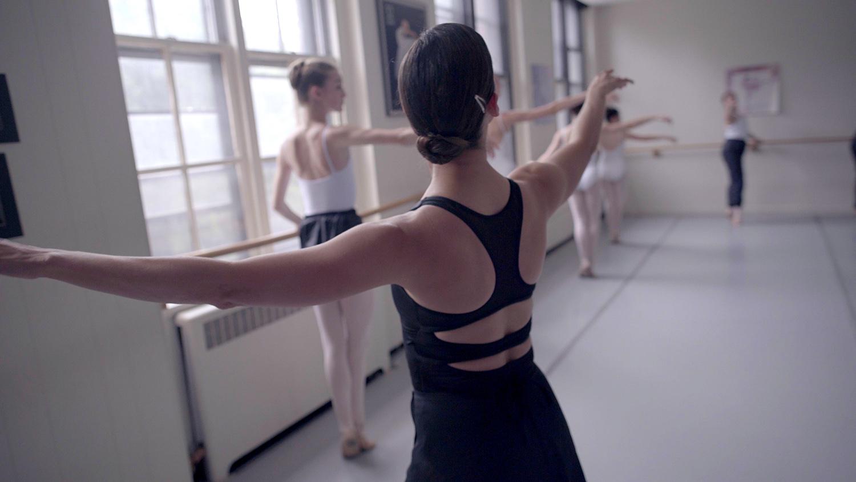 ballet_v1.Still096.jpg