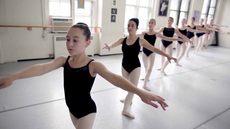 ballet_v1.Still080.jpg