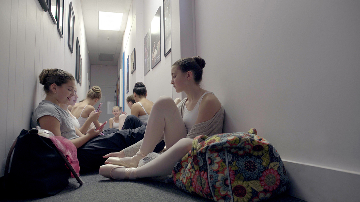 ballet_v1.Still102.jpg