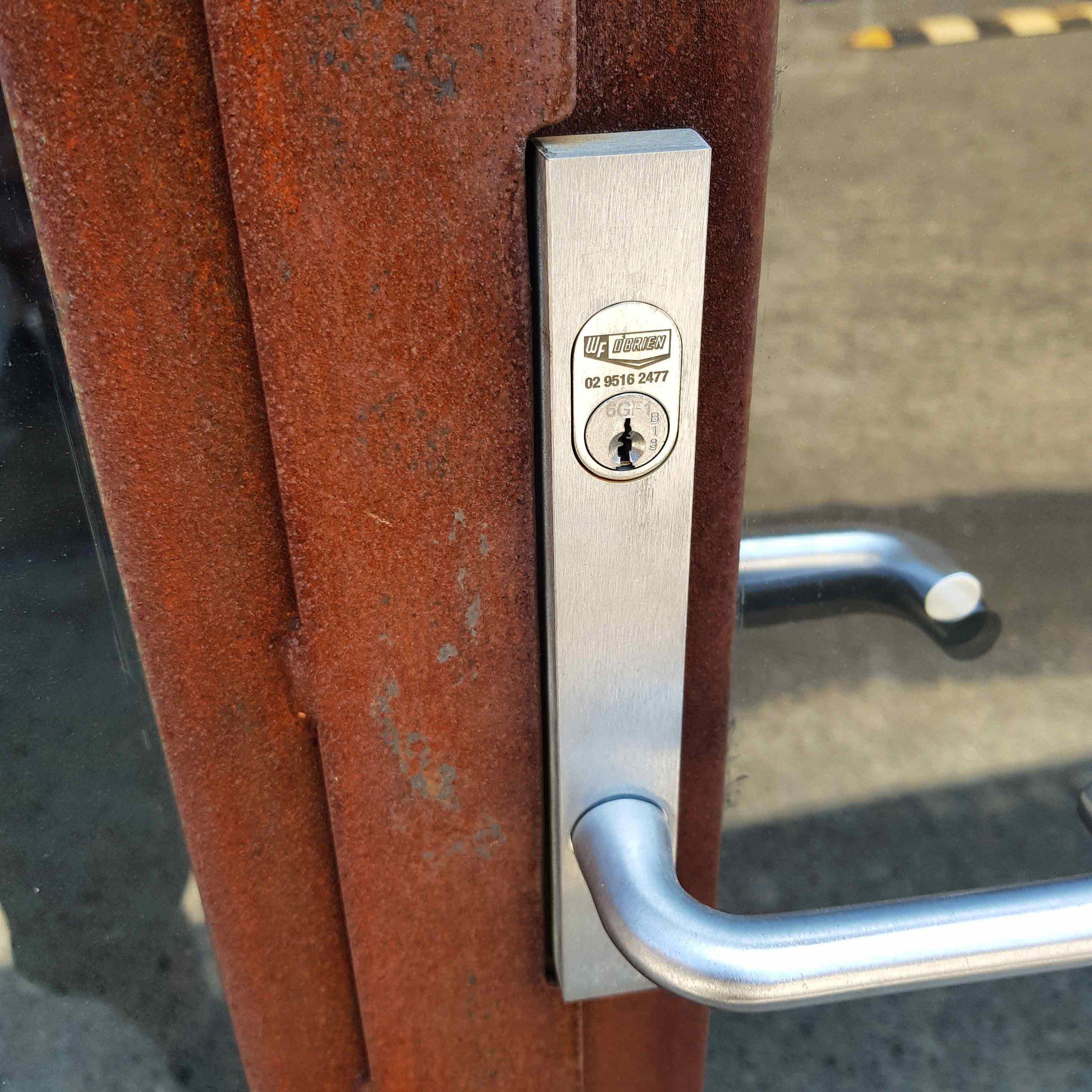 Steel-door-lockset.jpg