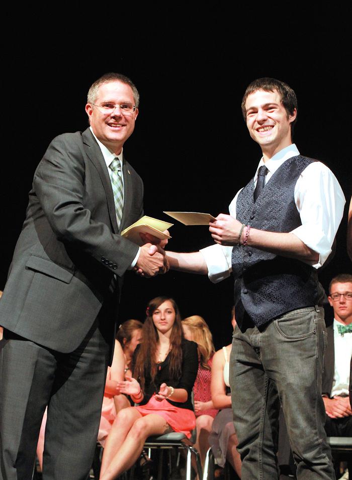 Scholarship awards 524 (3).JPG