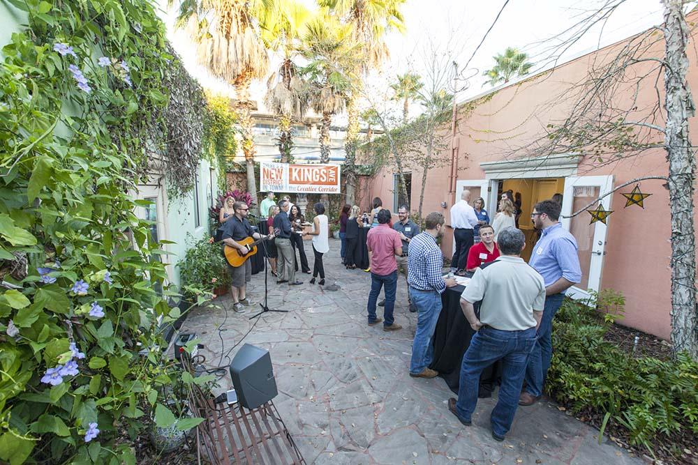 ELM-KingsAve-Kings-avenue-block-party-3.jpg