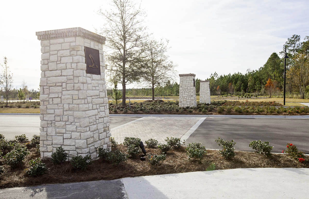 Shearwater-ELM-entry-columns-signage-landscape-architecture-environmental-graphics-residential-neighborhood.jpg