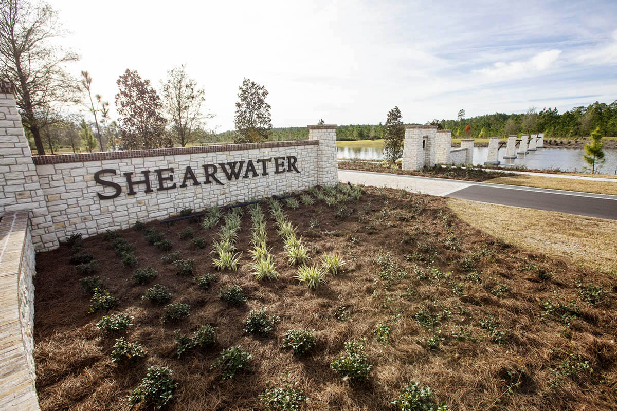 Shearwater-ELM-entry-columns-signage-landscape-architecture-environmental-graphics-residential-neighborhood-4.jpg
