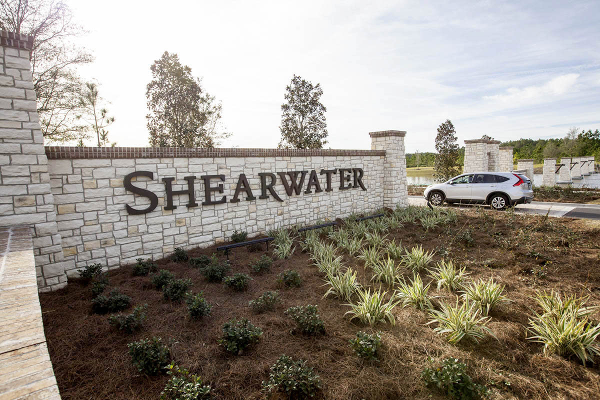 Shearwater-ELM-entry-columns-signage-landscape-architecture-environmental-graphics-residential-neighborhood-5.jpg