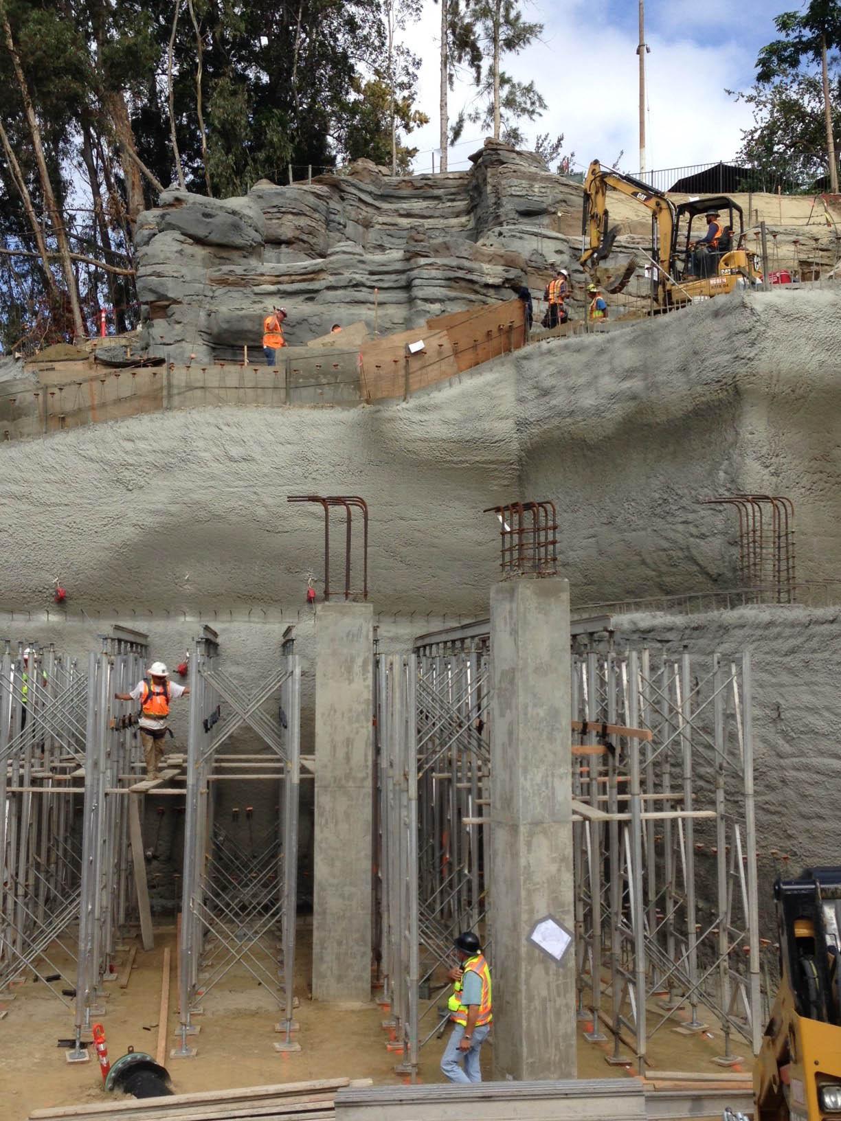 22-construction-San-Diego-Zoo-Africa-Rocks-ELM-zoological-habitat-exhibit-design.jpg
