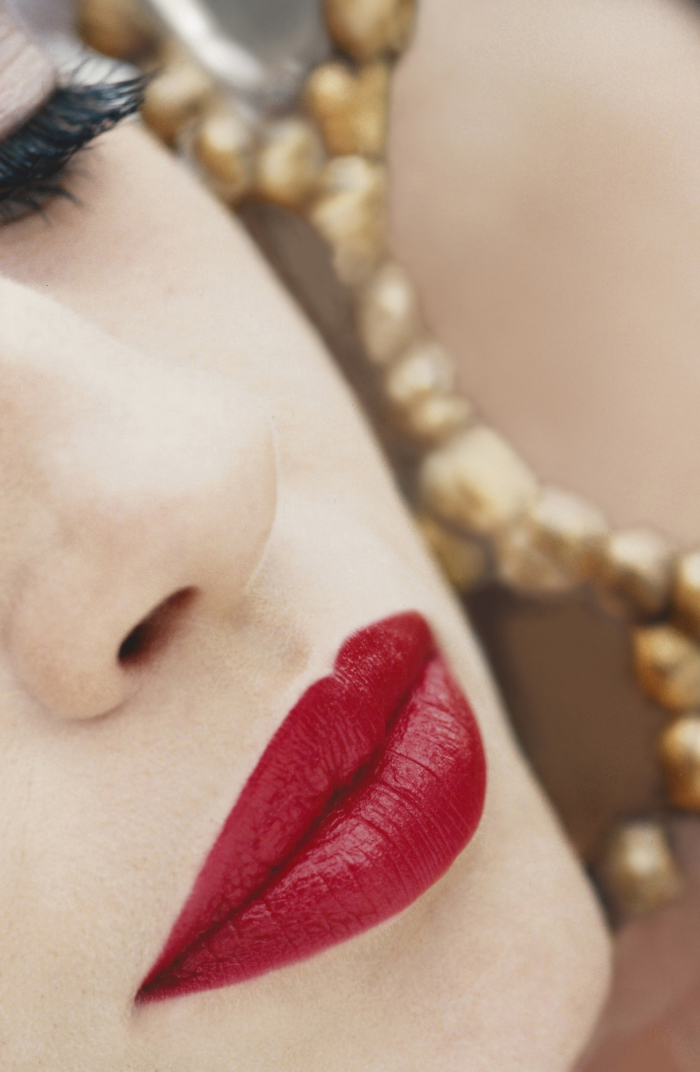 Lips in mirror retouched 3.jpg