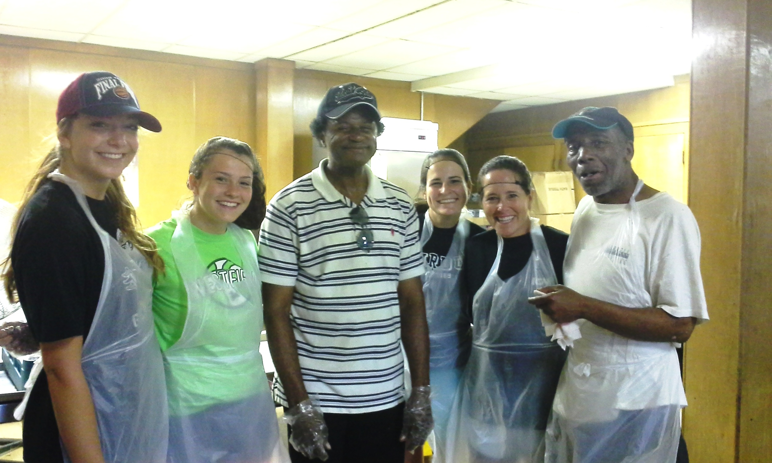 Darnell with fellow volunteers