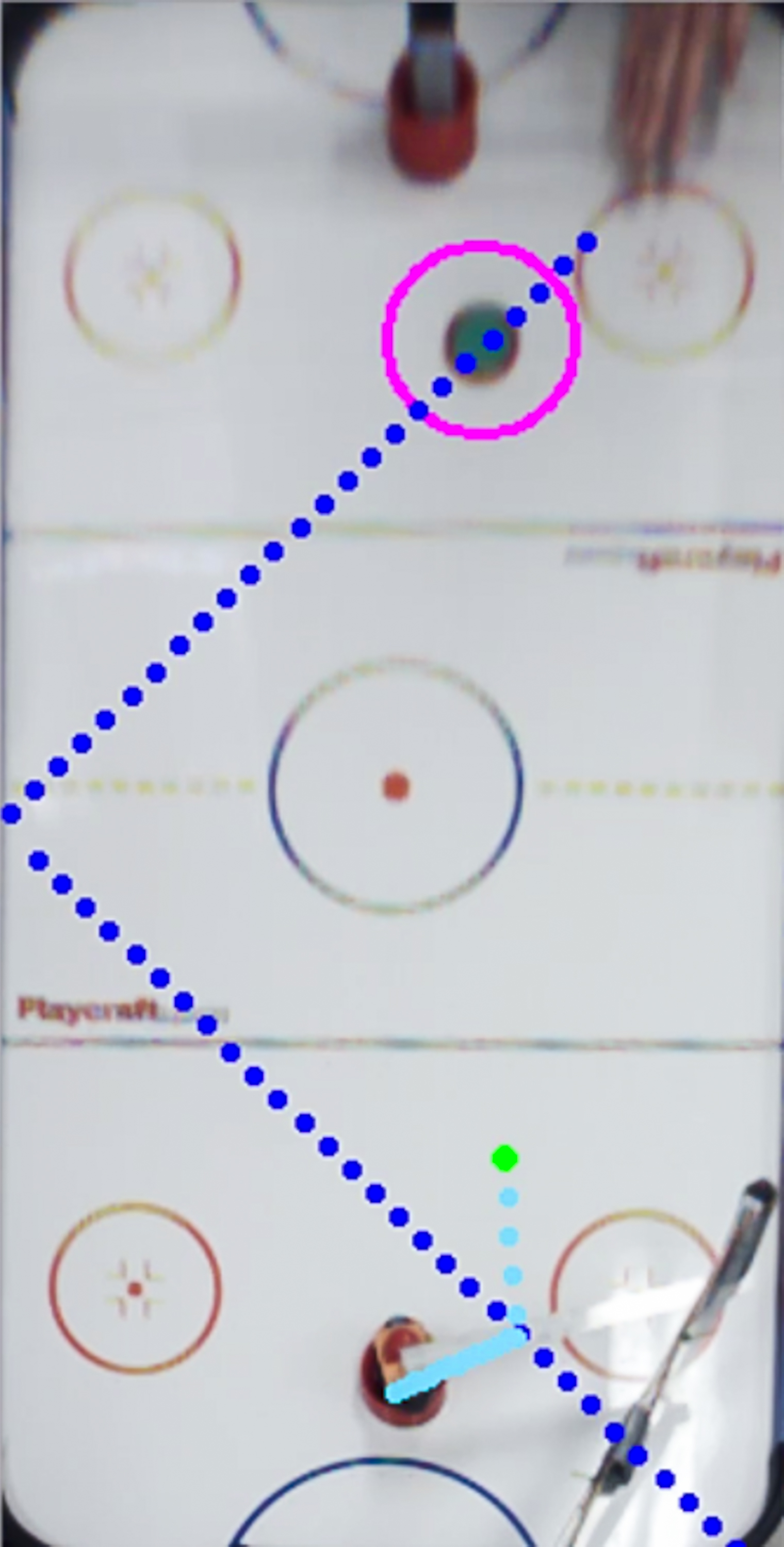 Figure 5  Puck trajectory predictions and arm movements