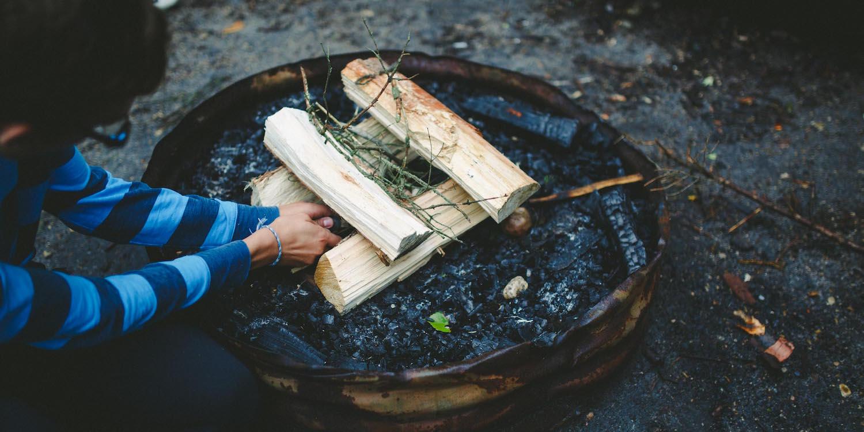 Outdoor Survival Firelighting Camp Kadesh