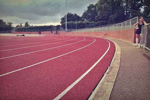 First ever training session on a track. ⭐️loved it. #isaidyestoeverything #runchat