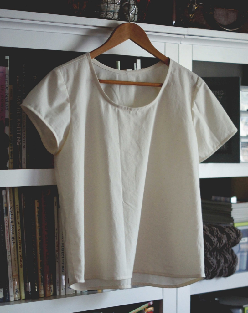 My Scout Tee muslin: the left sleeve is the original cap sleeve. The one on the right is my lengthened sleeve.