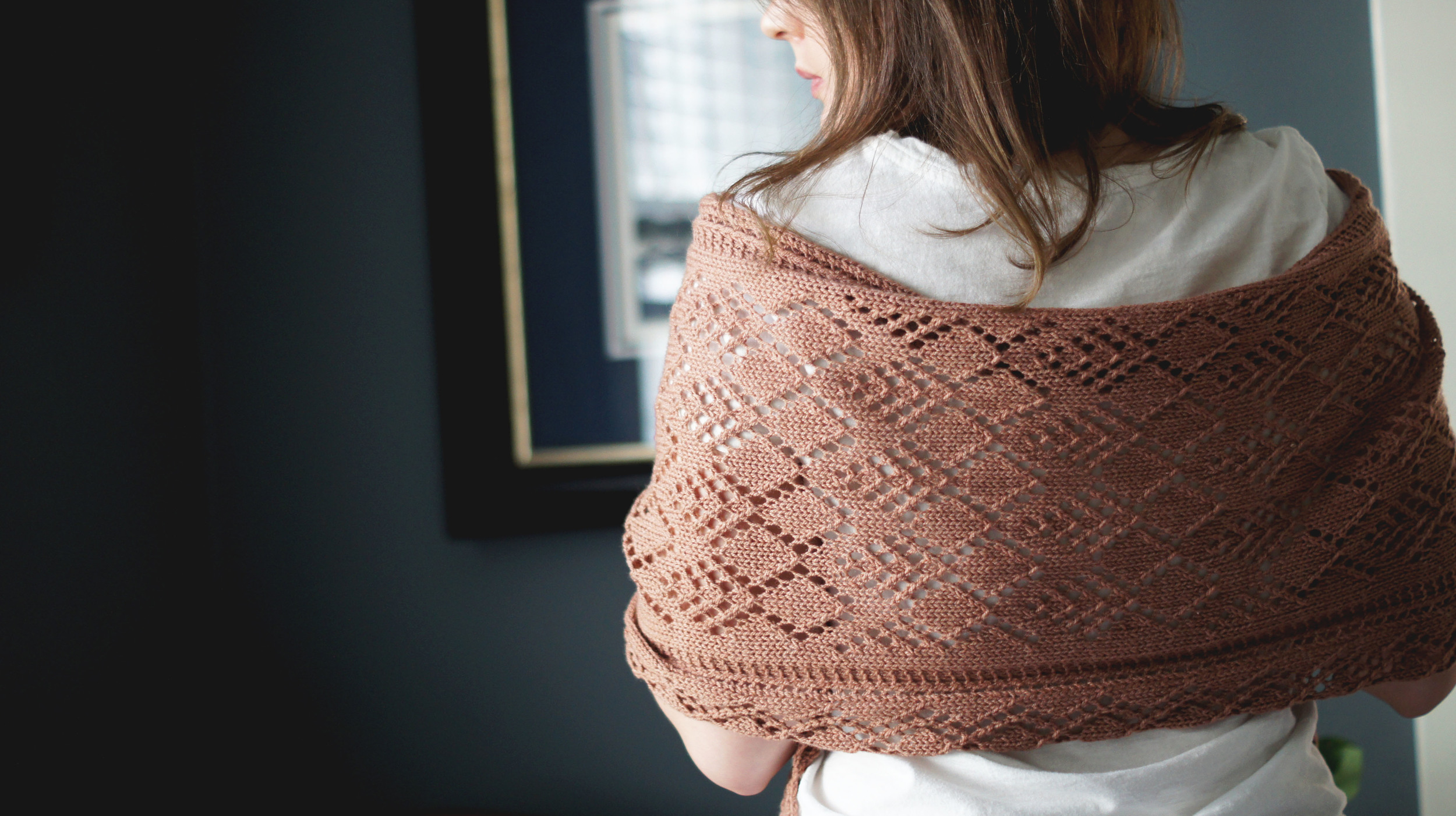 Acanthus House | Completed Celes Stole from Back