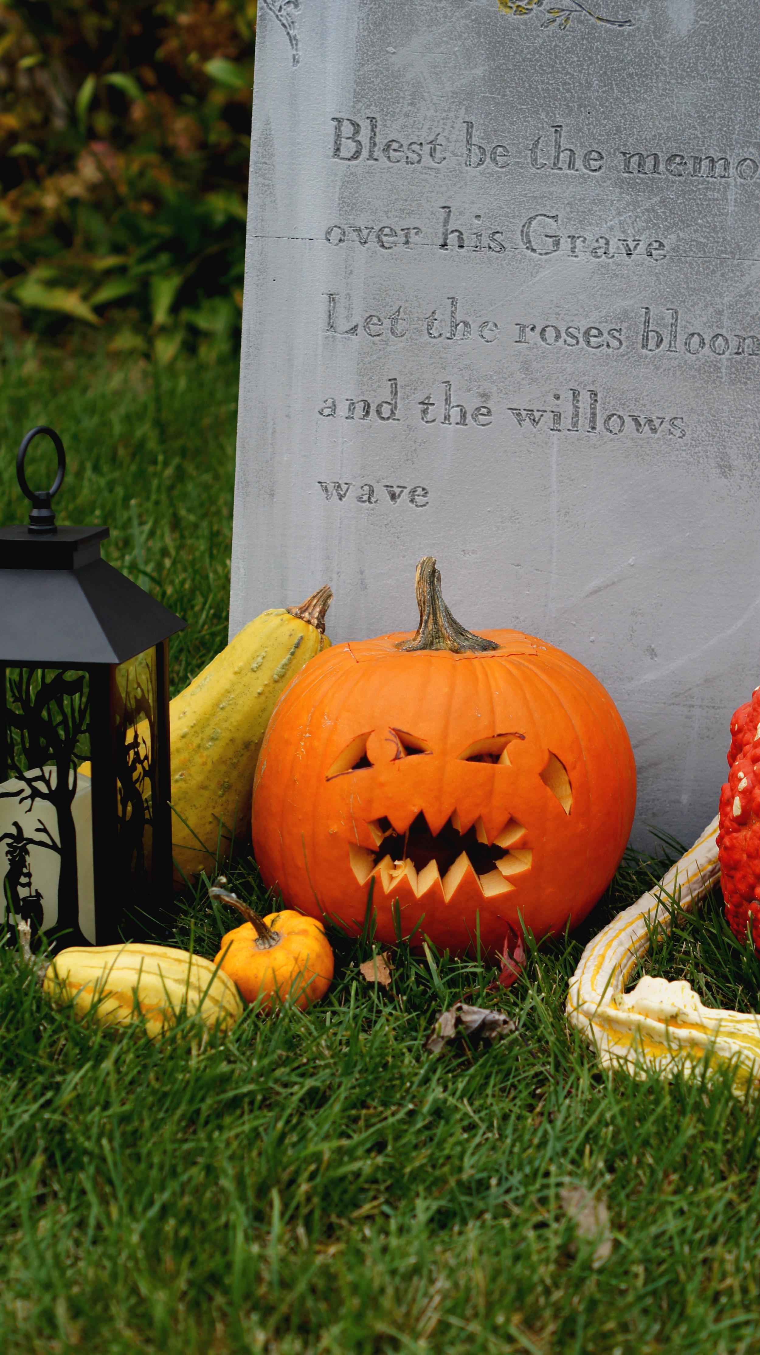 Carved Pumpkin 10.jpg