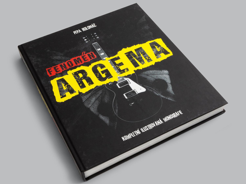 KNIHA O KAPELE ARGEMA - Krásná kniha pro fanoušky kapely Argema. Tuto knížku autor vydal vlastním nákladem.
