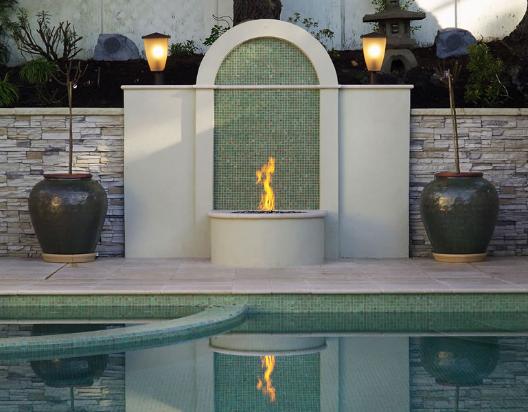 Poolside firepit feature