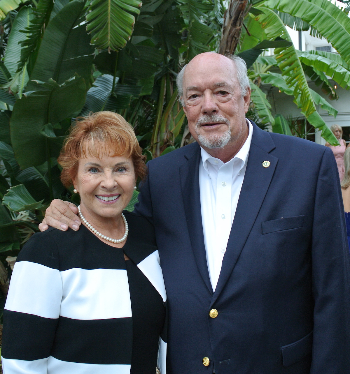 For the second year in a row, Michael Martin (r), Florida Gulf Coast University President, and his wife, Jan Martin (l), will serve as honorary chairs of Valerie's House Sunset Soirée.