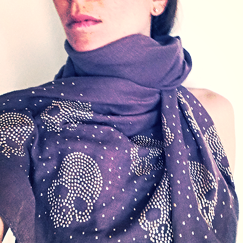 FAV SCARF EVER! I wear it everywhere, with everything.