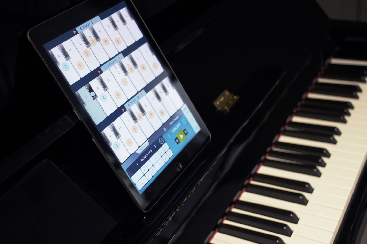 Learn to play thepiano with the help of your ipad