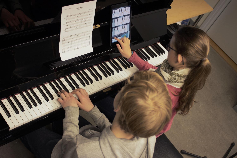 sheetmusiconmusicstand