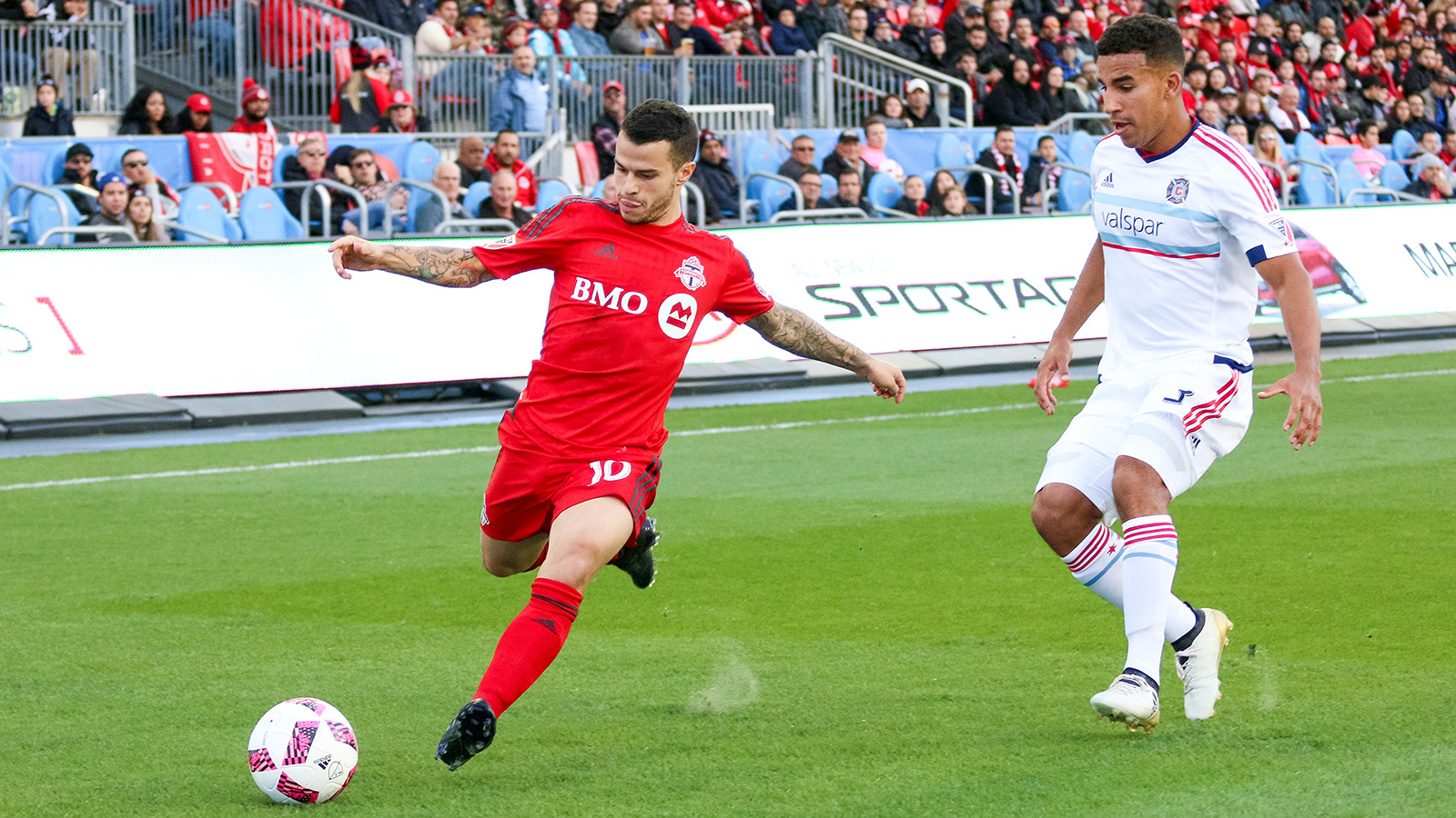 Giovinco takes a shot on target.