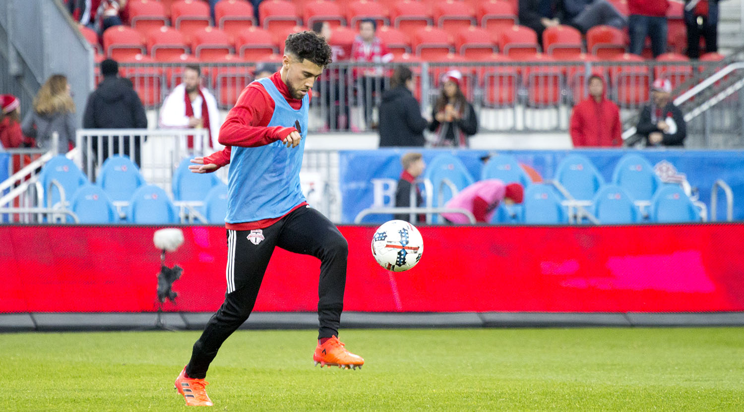 Jonathan Osorio on the ball during warm ups for Toronto FC at BMO Field. Image by Dennis Marciniak of denMAR Media.