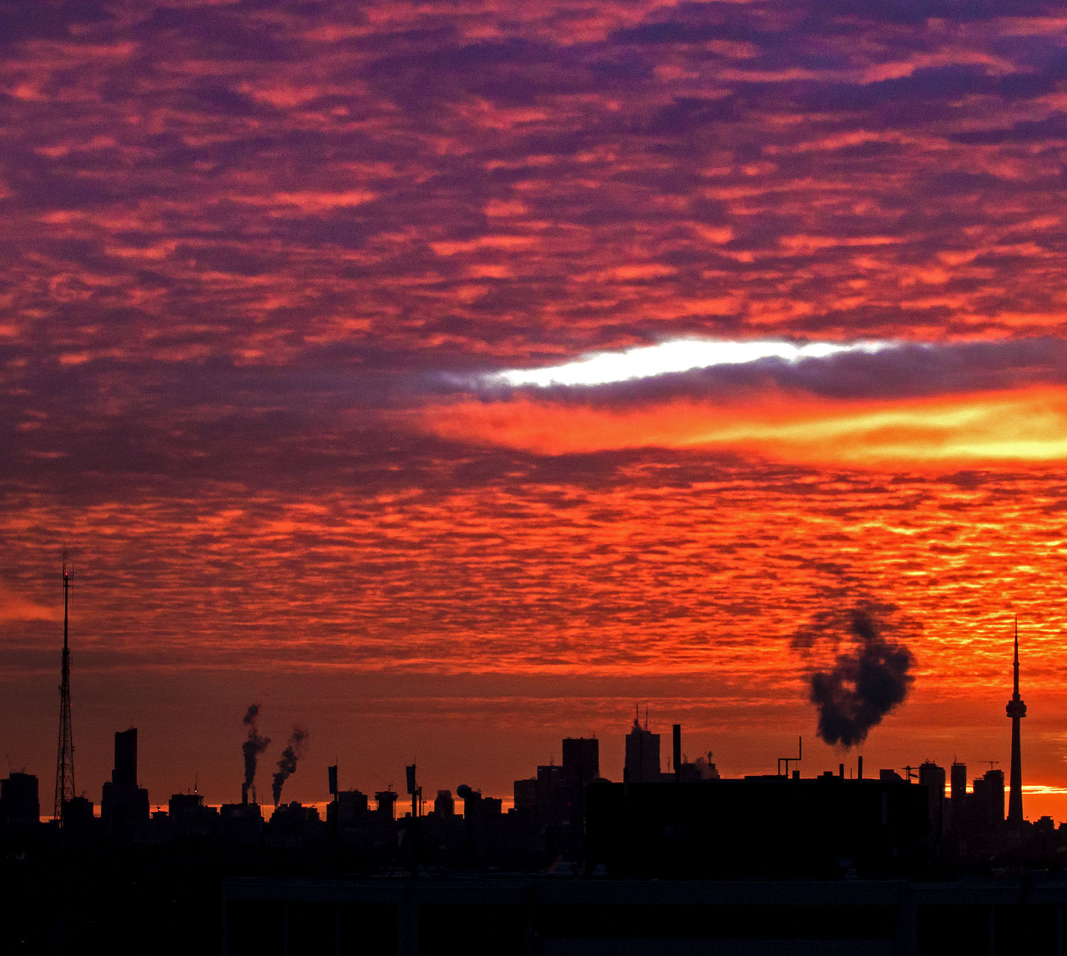 A classic winter sunrise in negative temperatures taken from the west end in January 2018. Image by Dennis Marciniak of denMAR Media.