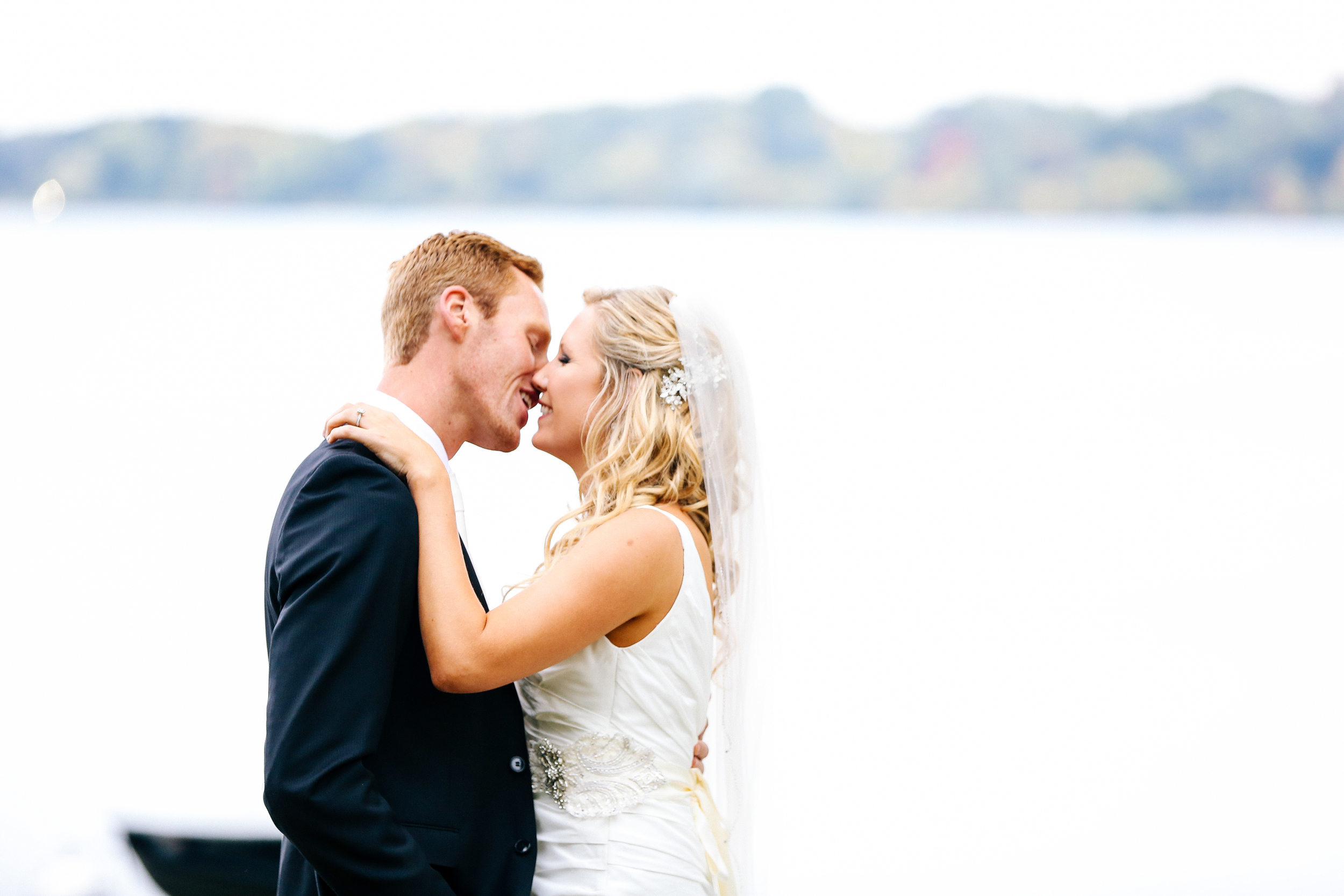 Lake Calhoun Wedding Photographer