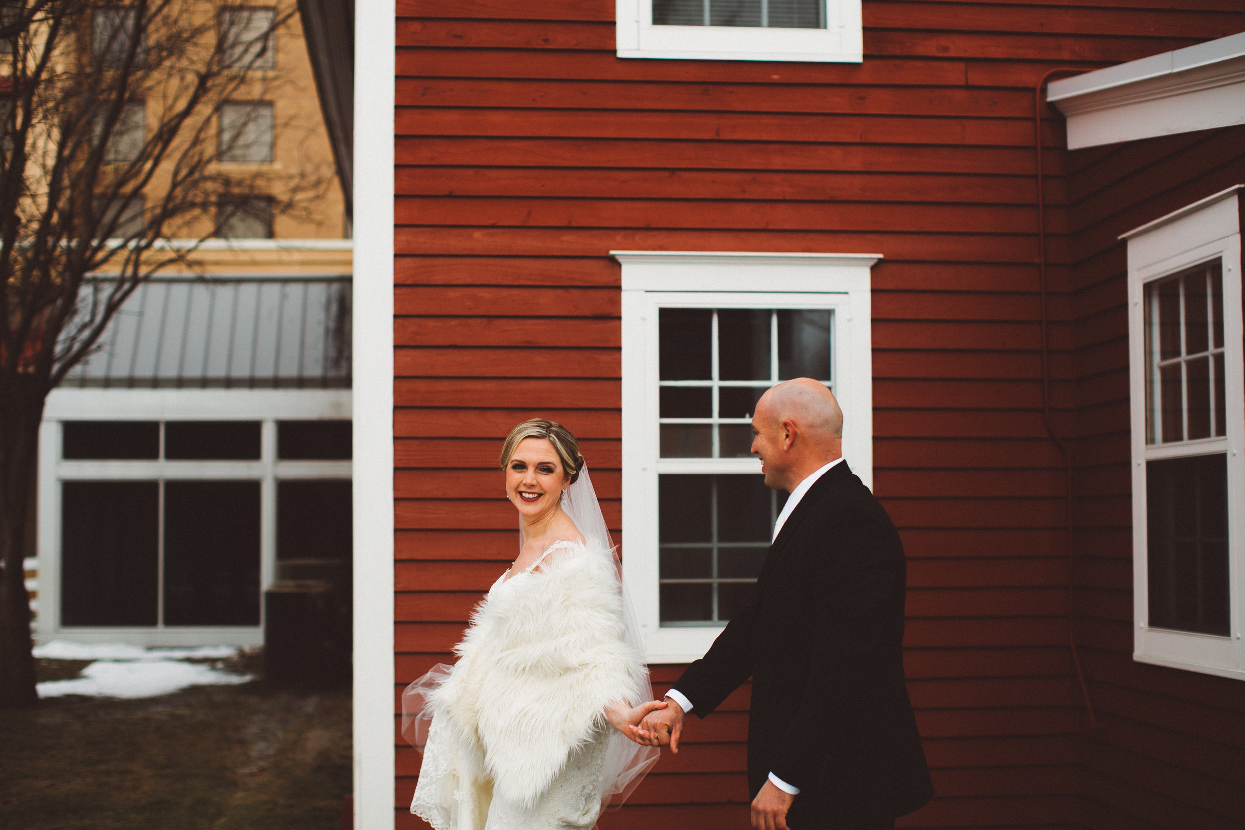 Earle Brown Heritage Center Wedding Photography
