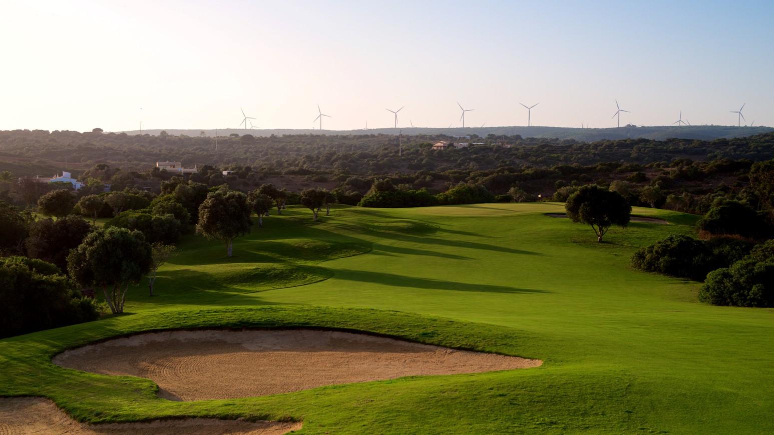 Espiche Golf_#10 Green from Fairway_D823722 web.jpg