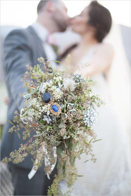weddingkiss@weddingchicks1.jpg