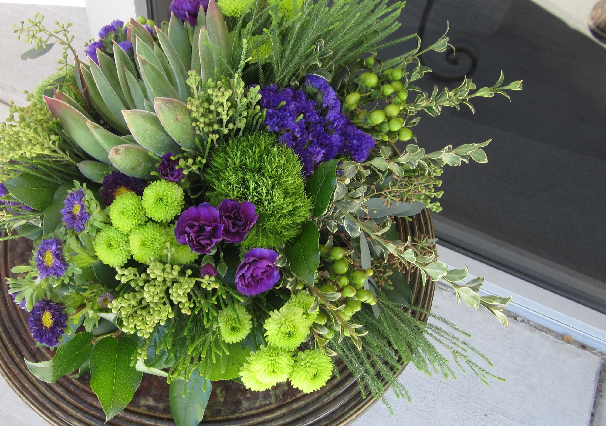 succulent arrangement 2.jpg