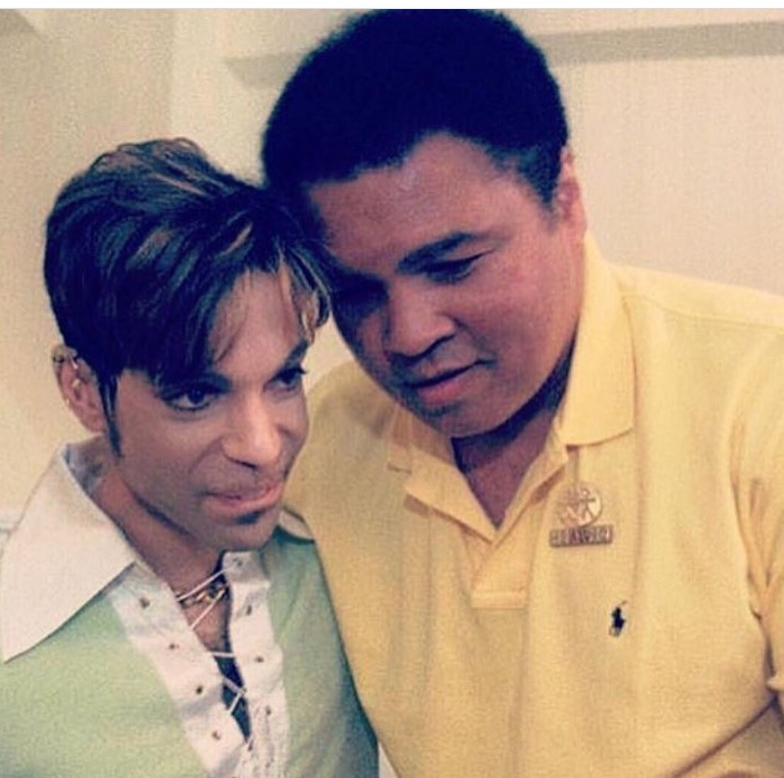 Fans shared this photo all over the Internet of The Lengends R.I.P  Prince and Muhaamad Ali